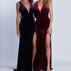 Dave & Johnny Burgundy Velvet V-Neck Dress Sz 4